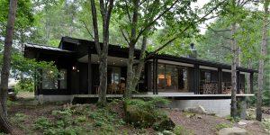 信州の自然と暮らす 飯綱の家