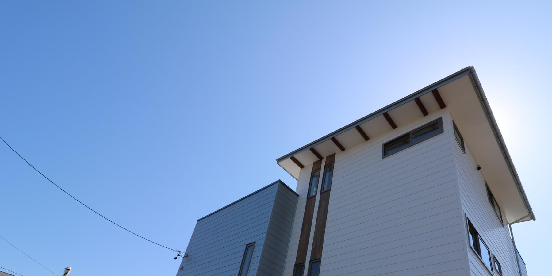 大工がつくる猫と暮らす3階屋上のある家